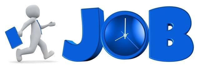 op een baan/job afgaan